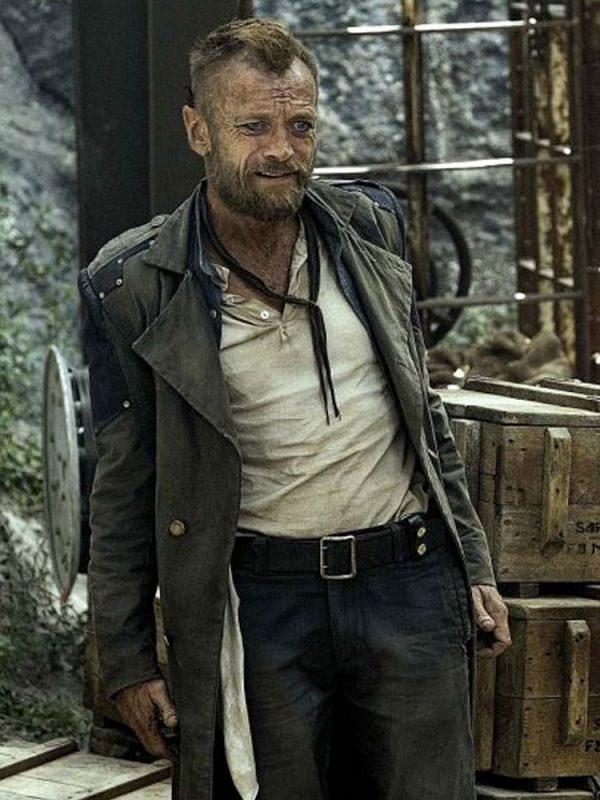 captain-sam-vimes-coat