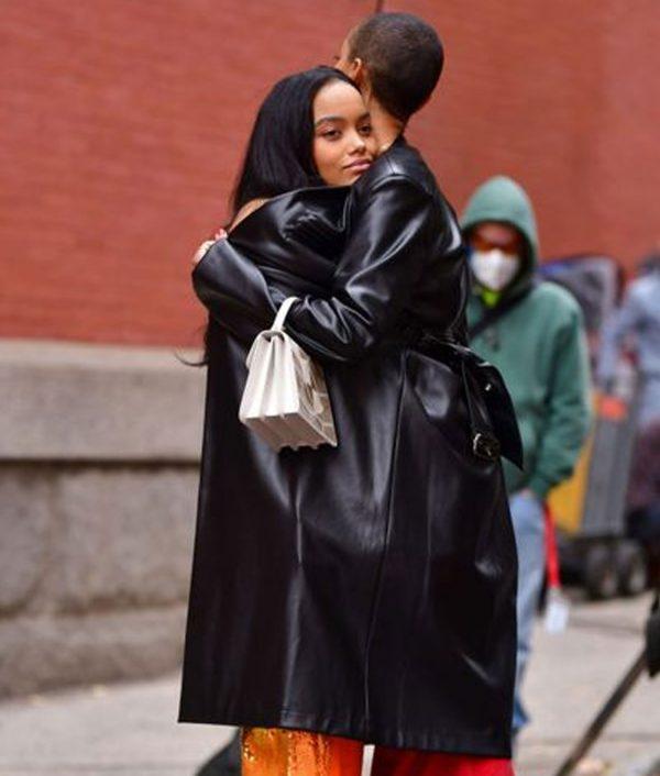 gossip-girl-julien-calloway-black-coat