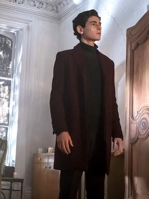 gotham-david-mazouz-maroon-coat