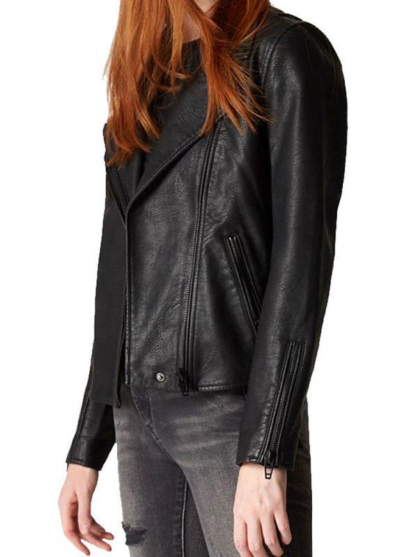 jessica-parker-kennedy-jacket
