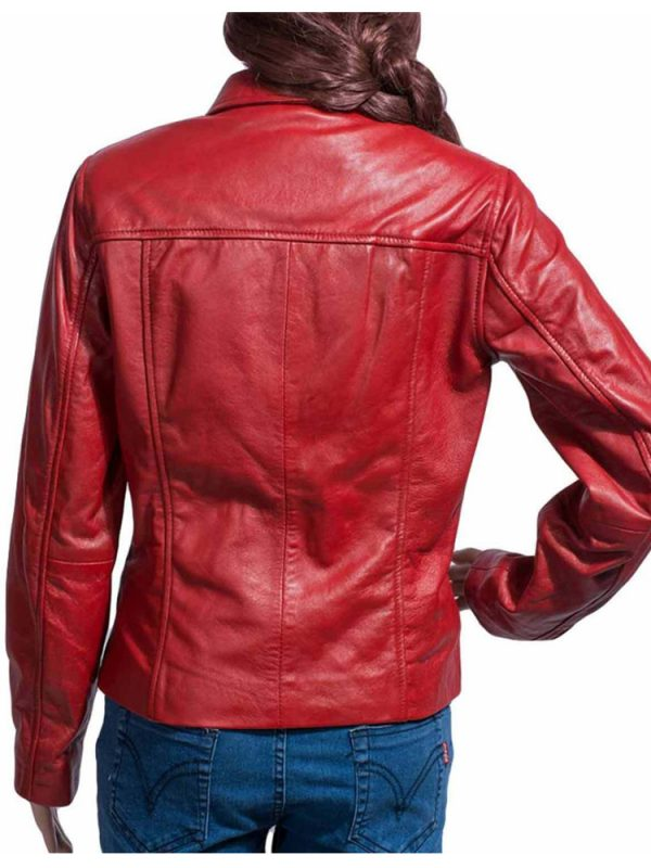 once-upon-a-time-emma-swan-red-jacket