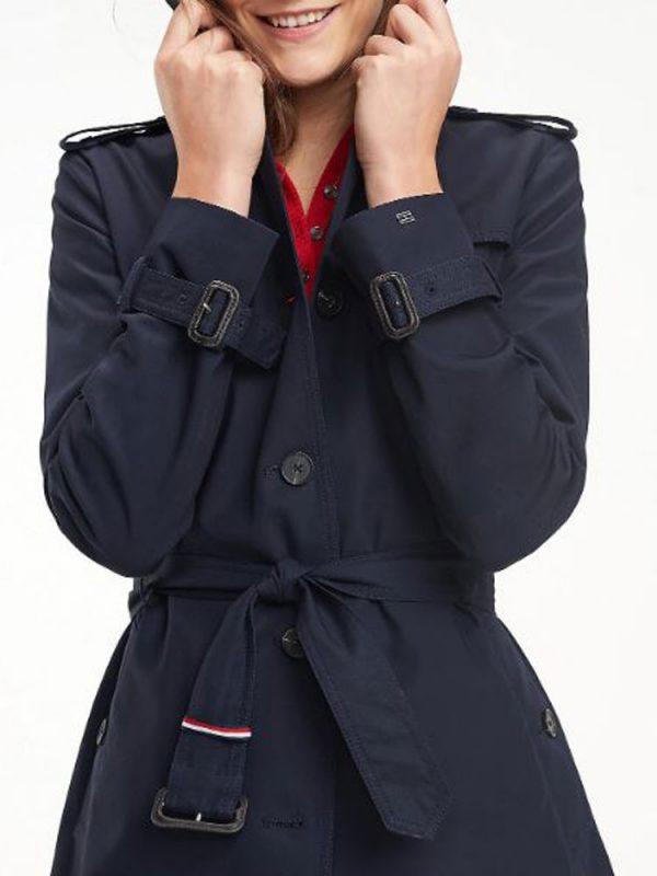 phoebe-waller-bridge-coat