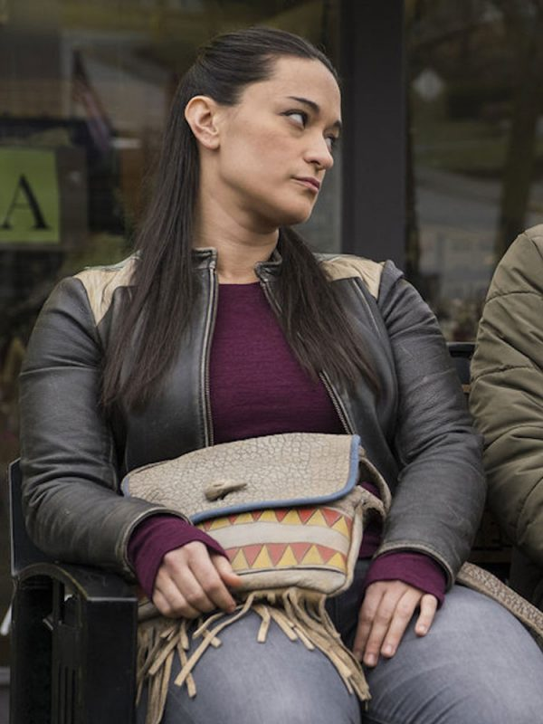 resident-alien-sara-tomko-leather-jacket