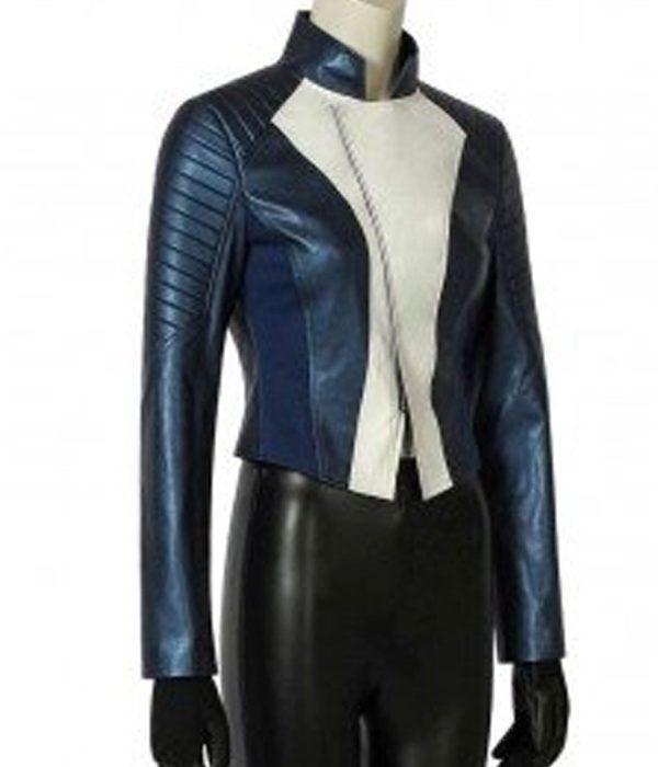 run-iris-blue-jacket