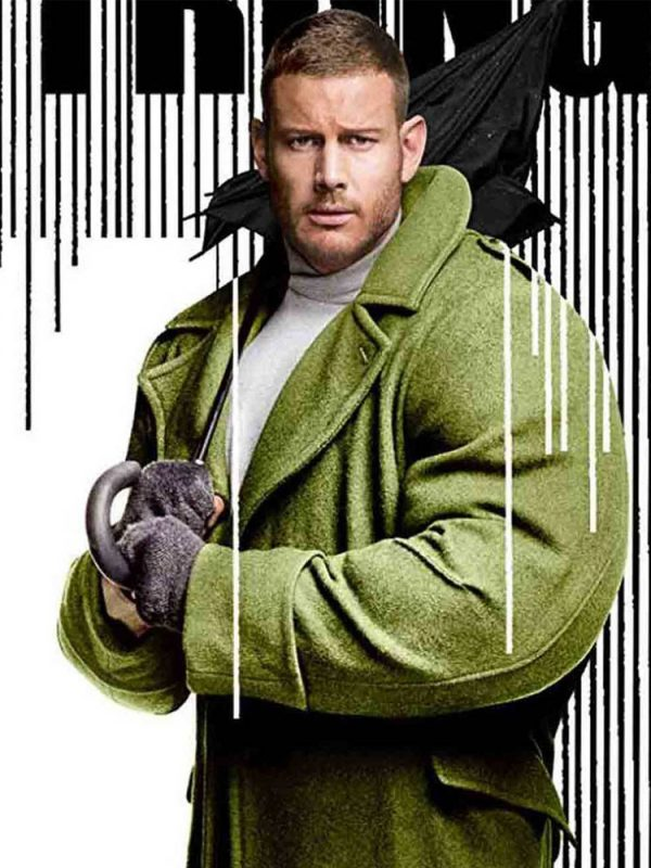 tom-hopper-the-umbrella-academy-coat