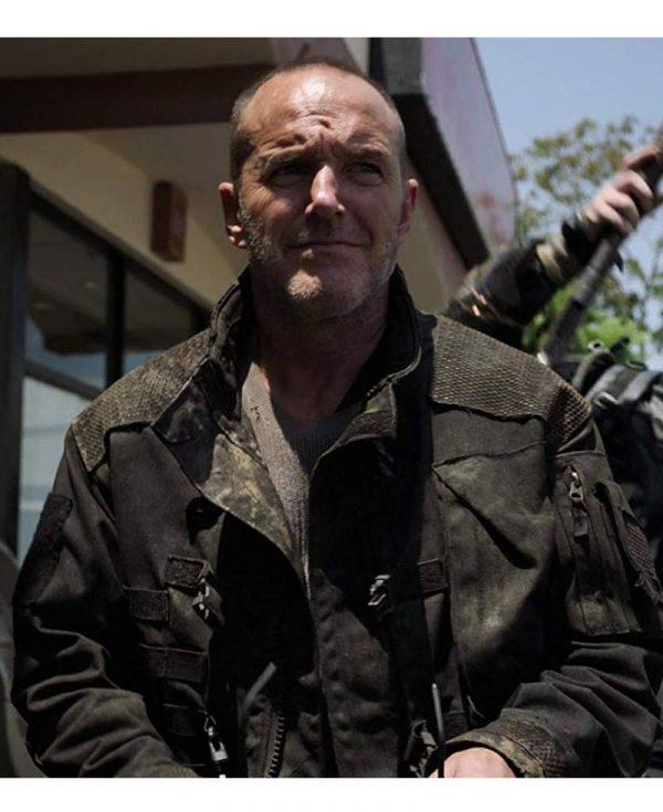 agents-of-shield-clark-gregg-black-jacket
