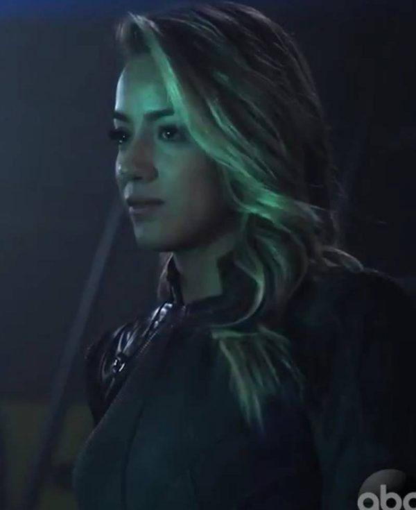 agents-of-shield-missing-pieces-chloe-bennet-jacket