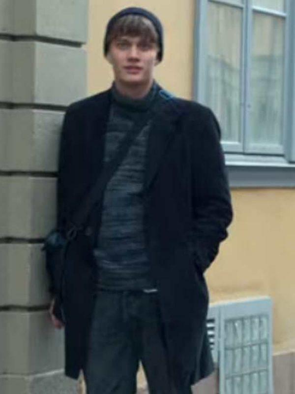 love-&-anarchy-bjorn-mosten-coat