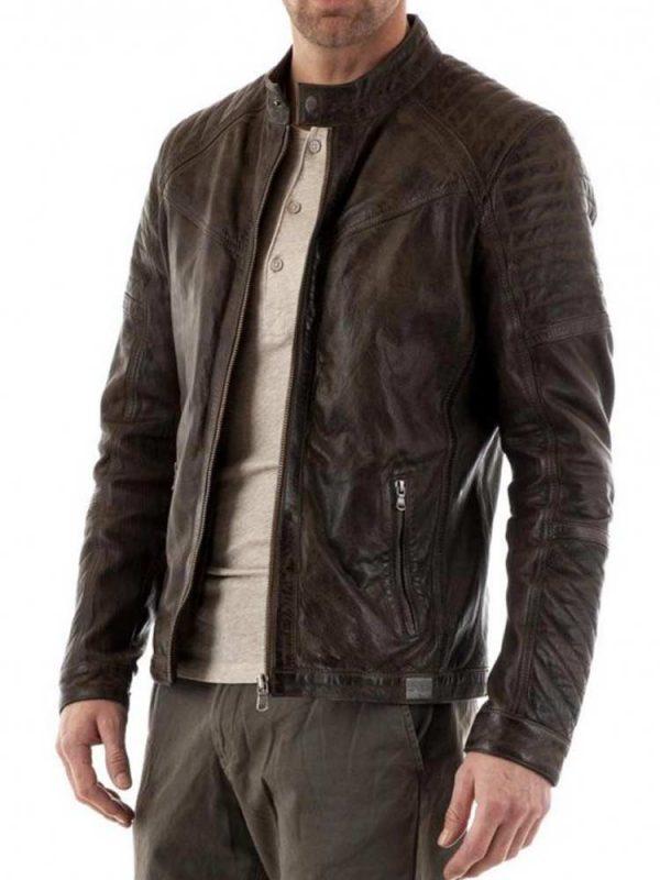 snap-tab-collar-jacket